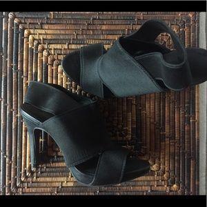 Simply Vera by Vera Wang WMS 8 Med Heels